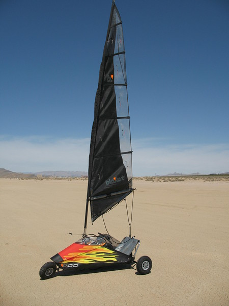 Paul Beckett, designed and built this nice blokart.  Now it belongs to Jason Robbins.