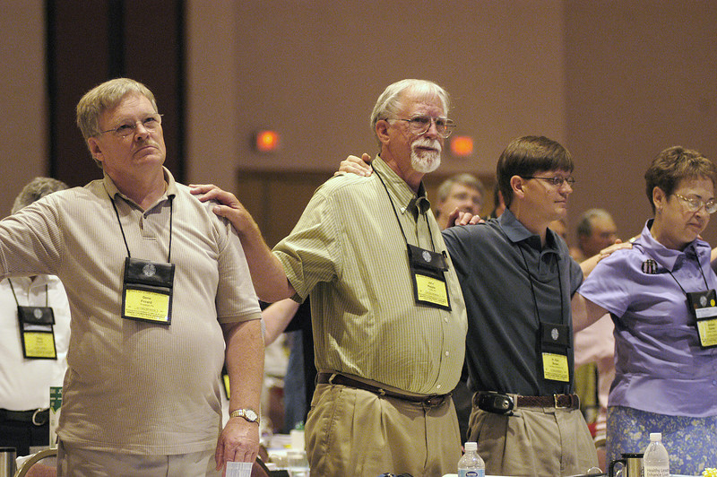 Gene Fozard, Aliquippa, PA, Southwestern Pennsylvania Synod joins nearby Voting Members in a prayer for Christian Unity.