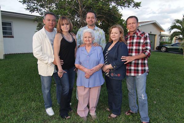 Familia Alzate