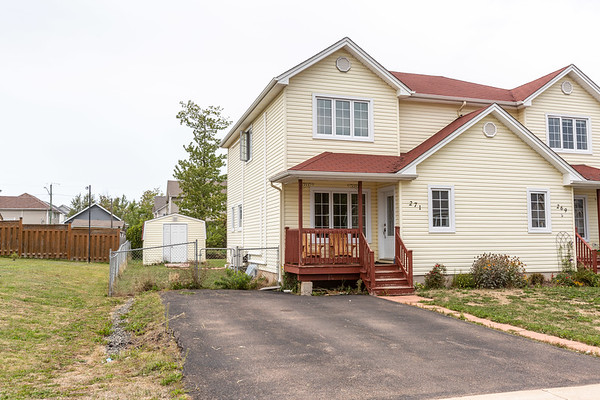 271 Lonsdale