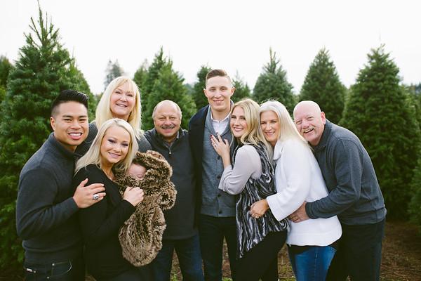 Jones/Nguyen Family | McMenomy's Highland Tree Farm