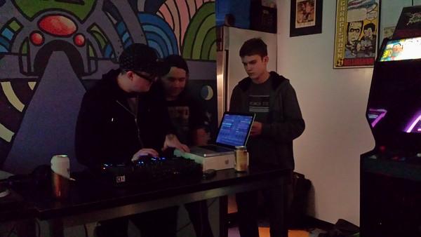 2013/11 - Drew DJing at Full Tilt