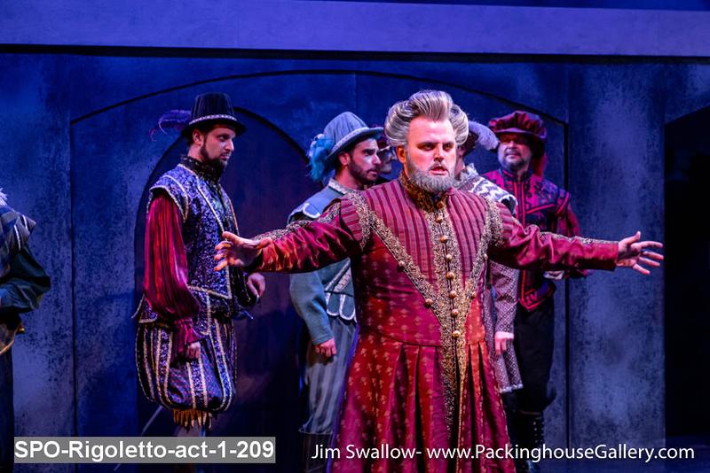 SPO-Rigoletto-act-1-209.jpg