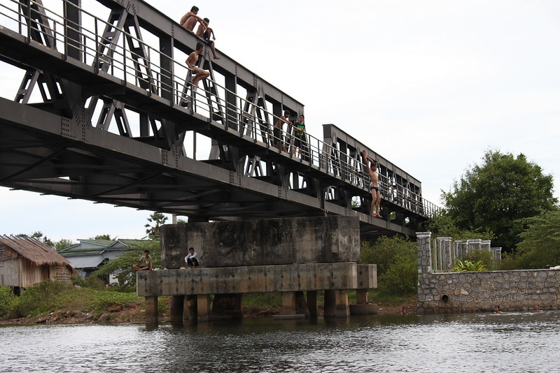 Kids enjoying the old Railway Bridge