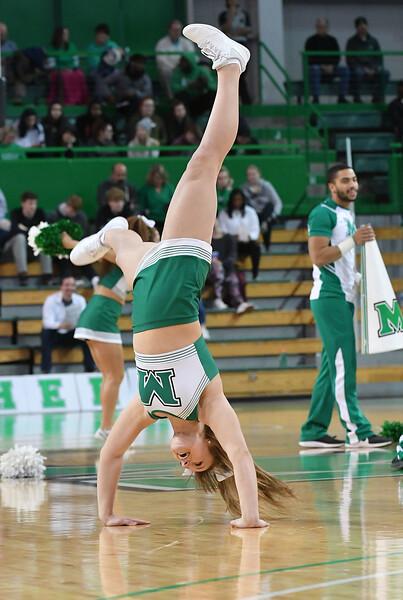 cheerleaders3284.jpg