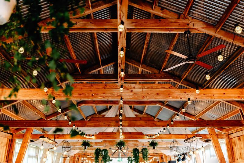 Nunta Green Spot Wedding Barn -69.jpg
