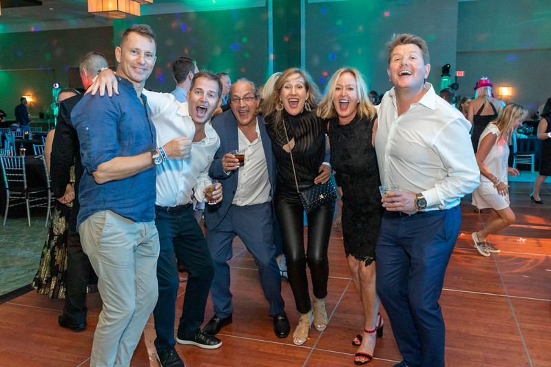 2019_11_Yachtail_Party_00869.jpg