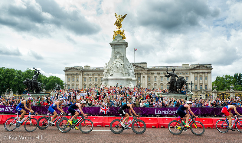 Men's Triathlon, 7 August 2012. The crowds swarmed over the Victoria Memorial outside Buckingham Palace.