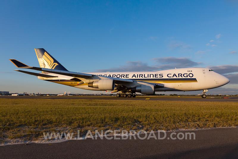 Singapore Cargo 747-400 - 9V-SFF - SYD