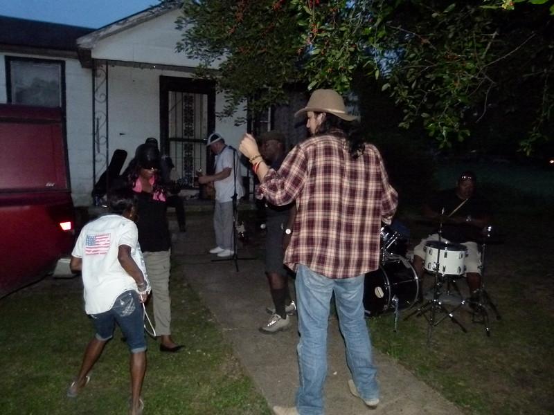 115 R.L.'s Yard Party.JPG