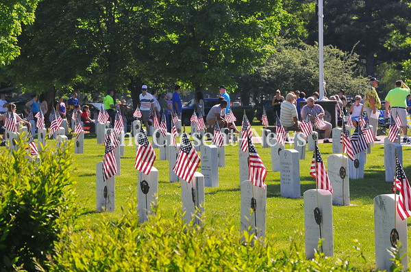 05-28-18 NEWS Memorial Day service @ Riverside Cemetery