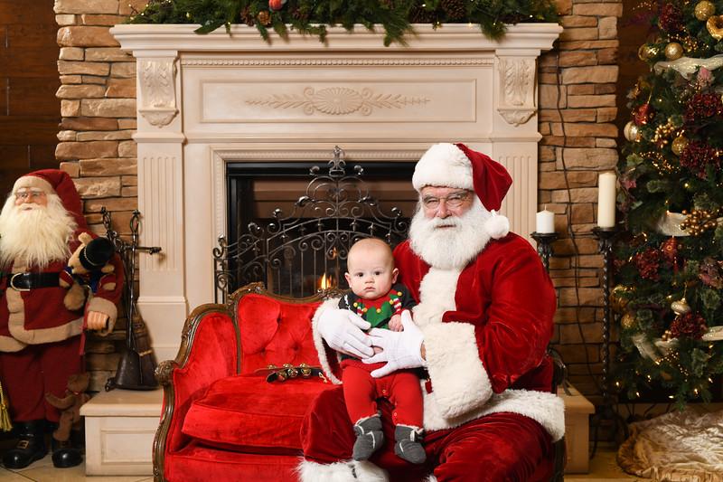 Santa2018.TylerBoye.-235.jpg
