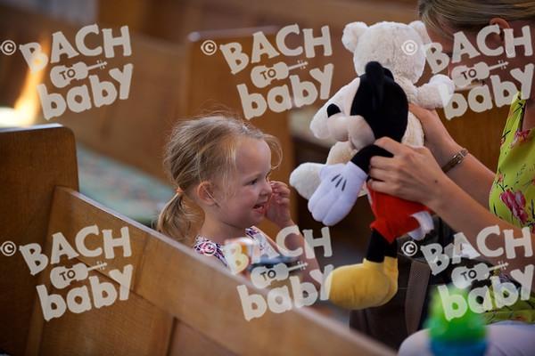 ©Bach to Baby 2017_Stuart Castle_Dartford_20170705 30.jpg