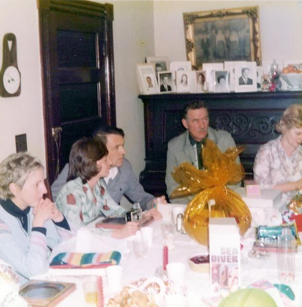 1975 Christmas.jpeg