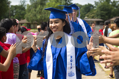 john-tyler-high-school-graduates-visit-nine-elementary-campuses-for-senior-walk-to-inspire-younger-students