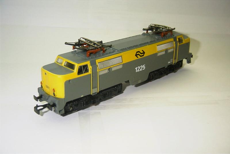 3168x NS 1225 schuin.JPG