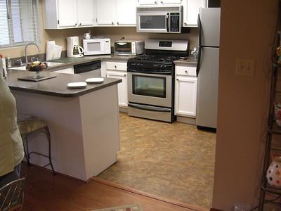 2008-08-23 - Diane's Condo - Floor - Smyrna, GA