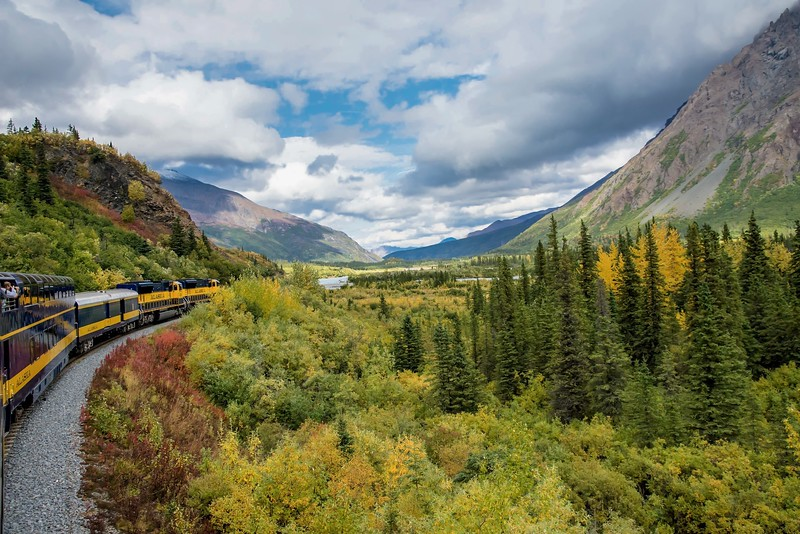 things to do in Alaska - Railroad