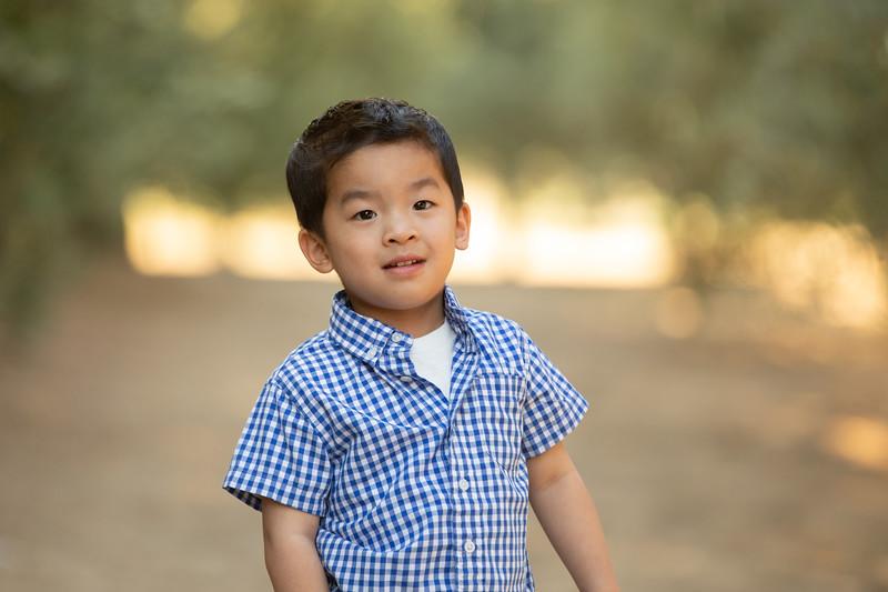 Nguyen Family-15.jpg