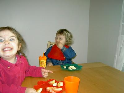 Lauren & Lizzie 290304