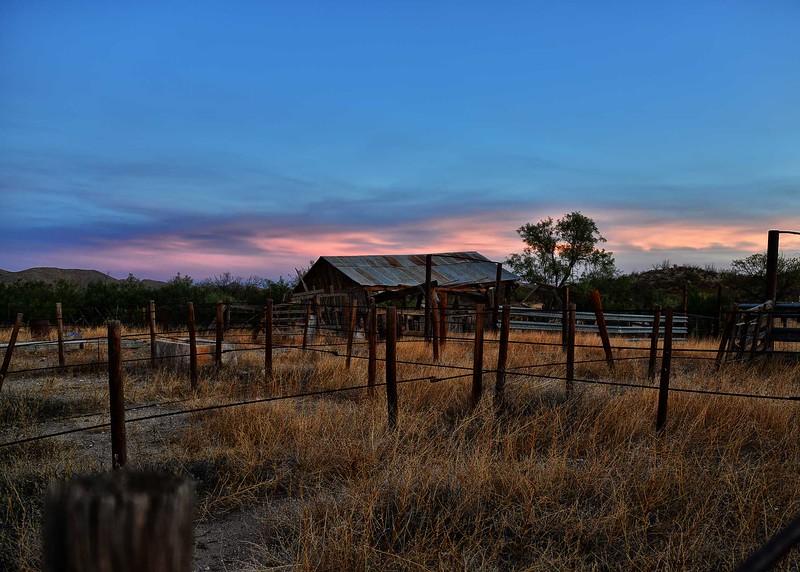 NEA_2308-7x5-Old Barn at Sunrise.jpg