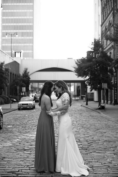 Kate&Josh_B&W_ZACH.WATHEN.PHOTOGRAPHER-399.jpg