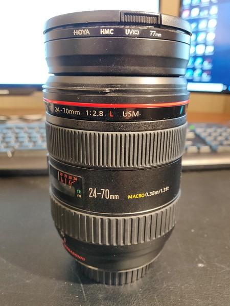 Canon EF 24-70mm 2.8 L USM - Serial UY1218 002.jpg