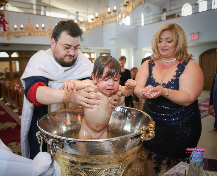 0404_Lerudis_greek orthodox baptism_www.tolios.com.jpg