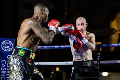 Andrew Robinson vs Darryl Sharp