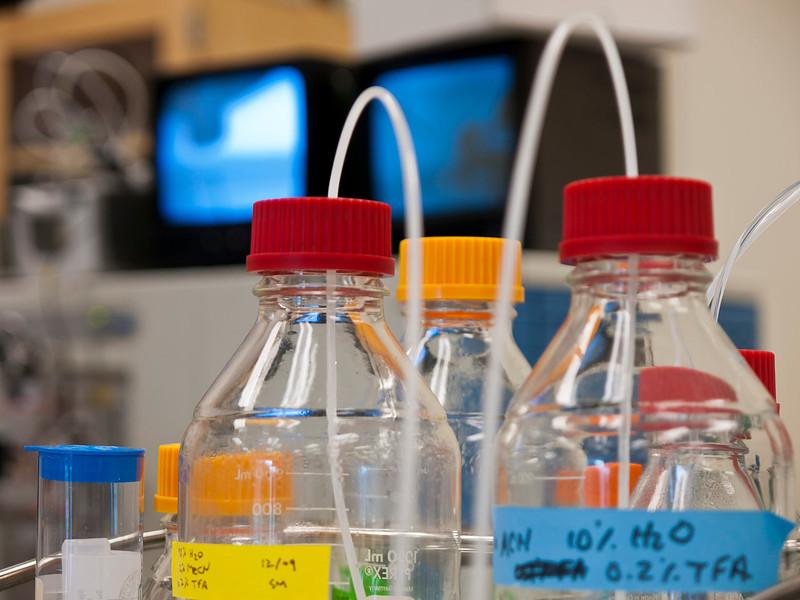 Al Burlingame Lab  15.jpg
