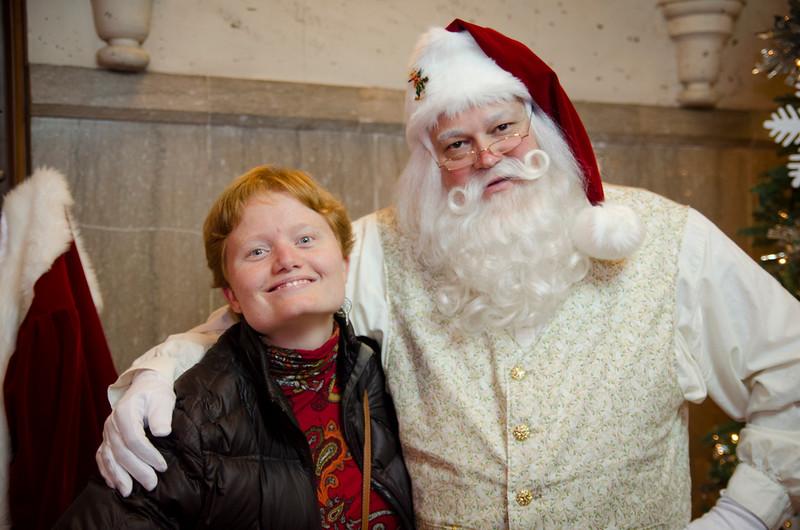 Santa at Grove_60.JPG