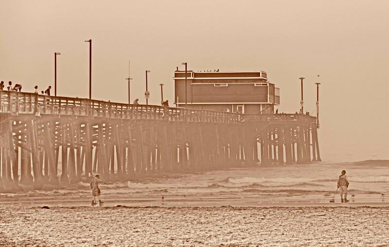 Newport Pier-5.jpg