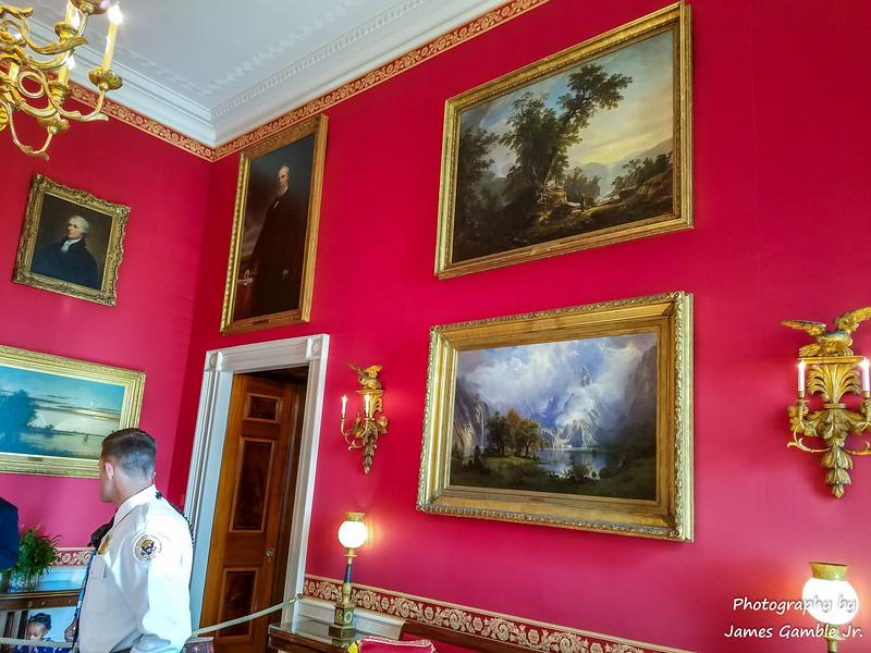 White-House-Tour-120305.jpg