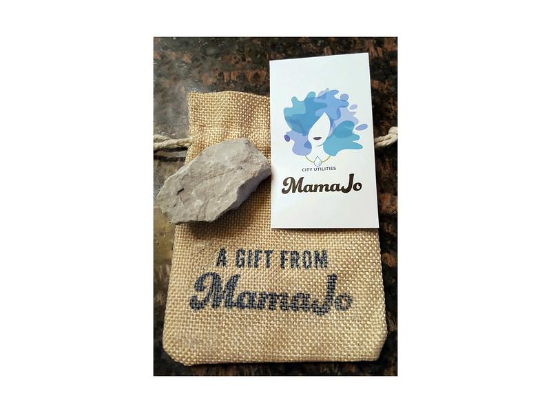 MamaJo_gift.jpg