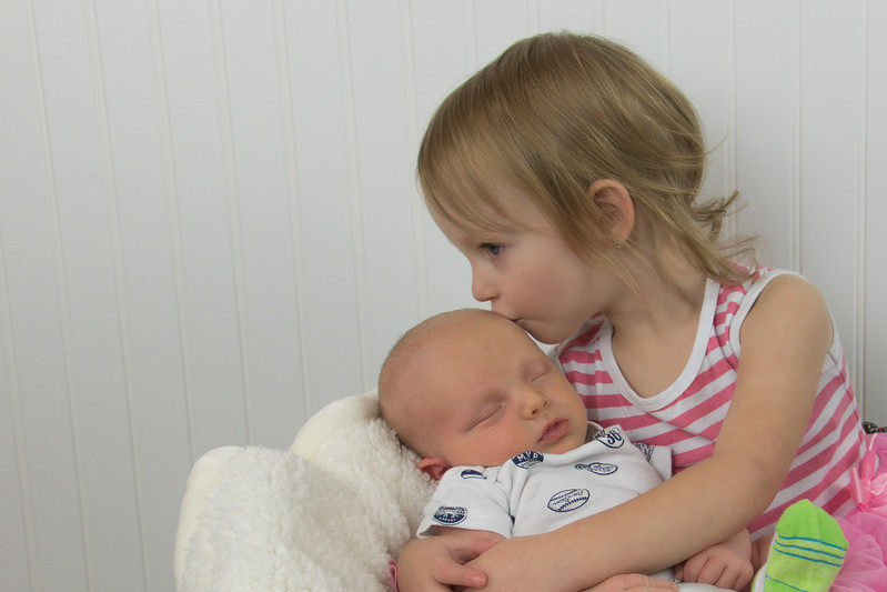 Allie kissing Kaden 8A9A1829.jpg