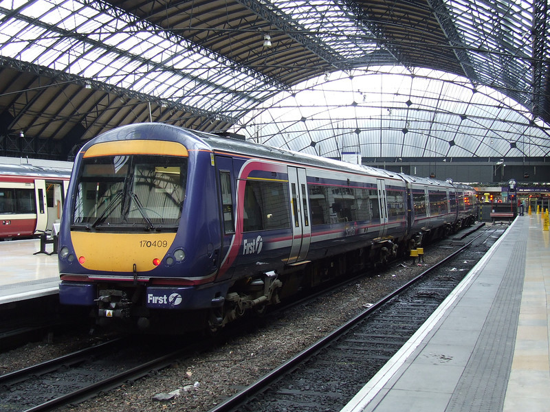 170409 at P3 of Glasgow Queen Street