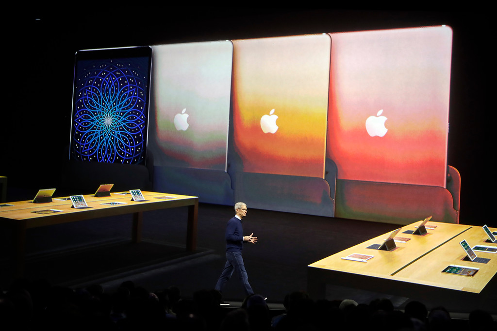 . Apple CEO Tim Cook speaks during an announcement of new products at the Apple Worldwide Developers Conference Monday, June 5, 2017, in San Jose , Calif. (AP Photo/Marcio Jose Sanchez)