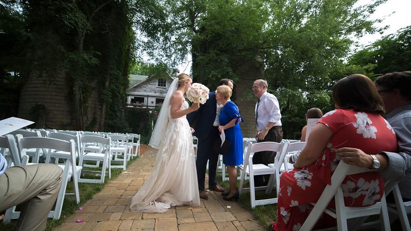 Garrett & Lisa Wedding (511).jpg