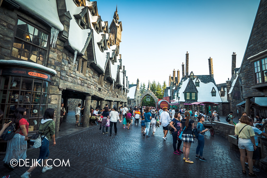 Universal Studios Japan - The Wizarding World of Harry Potter - Hogsmeade view towards entrance