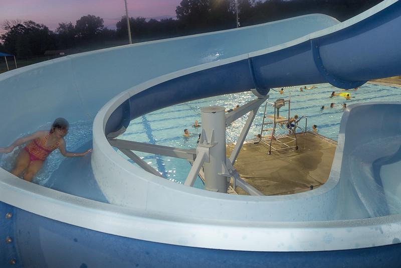 Hampton Dolphins Pool Party-0014-1120767.jpg