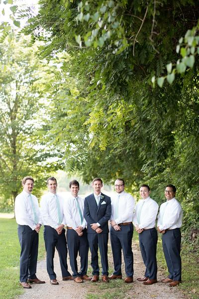 groomsmen (16 of 21).jpg