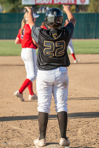 IMG_4045_MoHi_Softball_2019.jpg