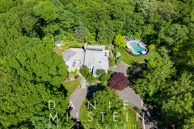 14 Comstock Ct EXT