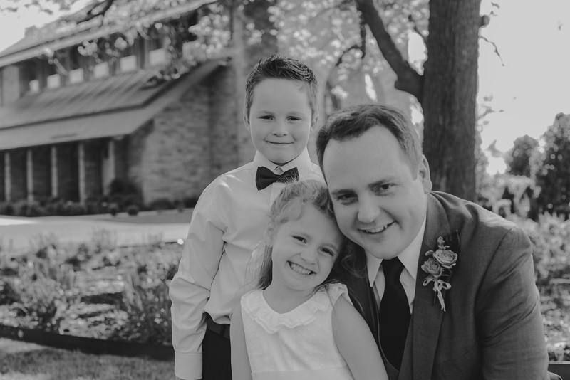 Amy+Andy_Wed-0181 (2).jpg