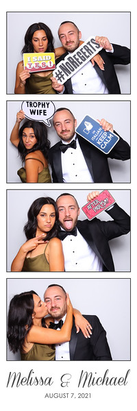 Alsolutely Fabulous Photo Booth 105654.jpg