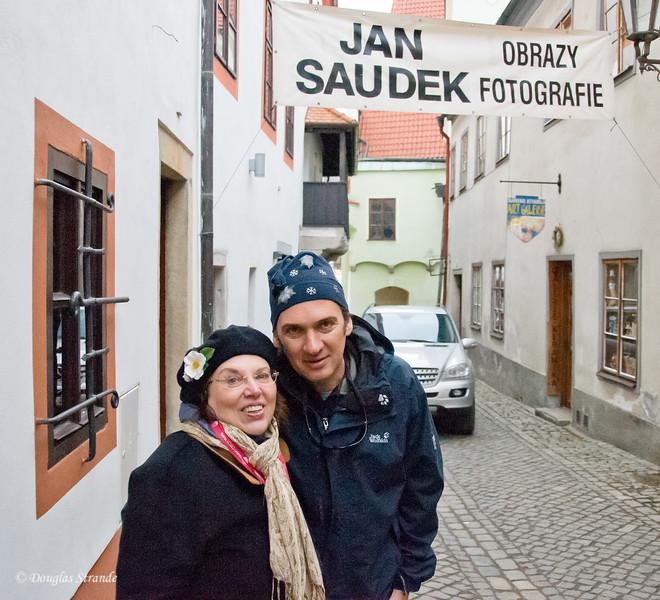 Louise and Cristian on a cobblestone street in Cesky Krumlov