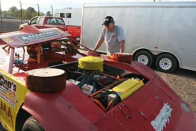 Tri-City Motor Speedway, Auburn, MI, August 26, 2011