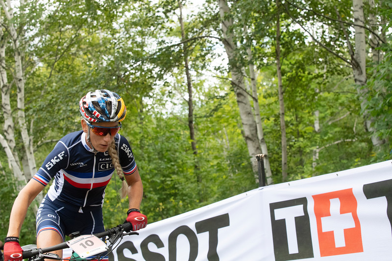 Pauline Ferrand Prevot (France) on the way to the gold medal