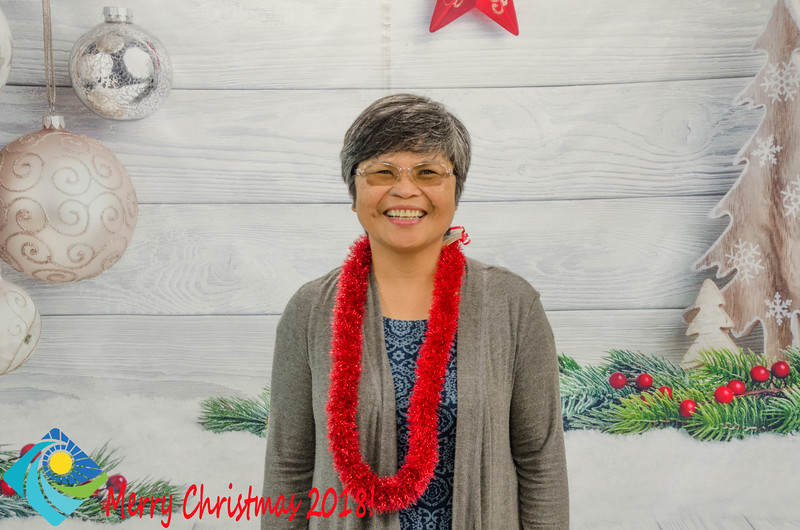 Christmas Photobooth 2018 Sunday-104.jpg