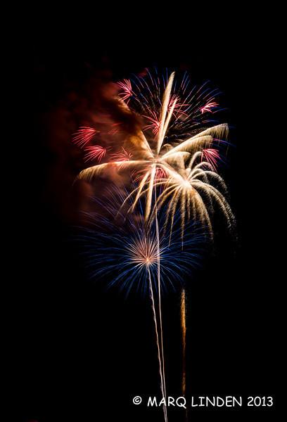 Newport Dunes Fireworks 07042013-040.jpg